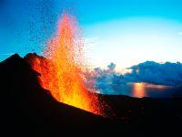 France d'Outre-Mer La Réunion, Éruption du volcan Le Piton de la Fournaise